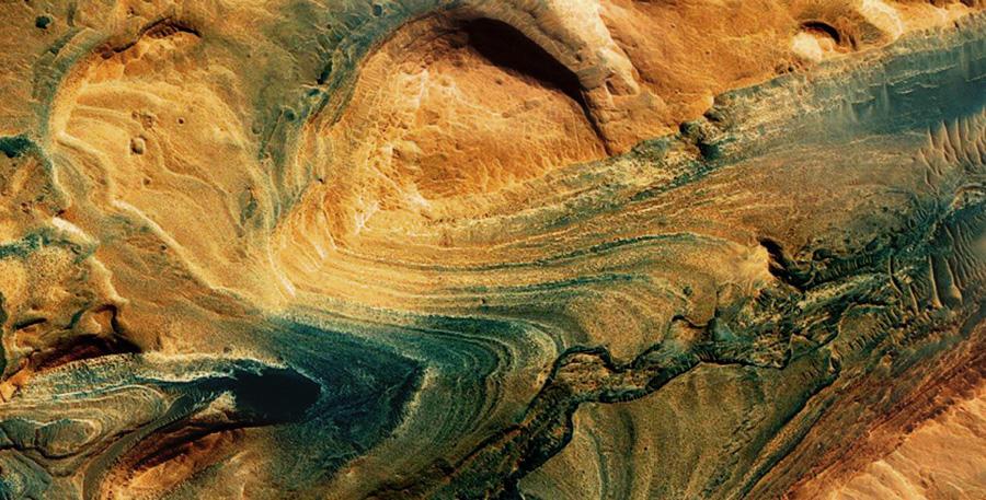 Curiosity каньон в кратере Гейла