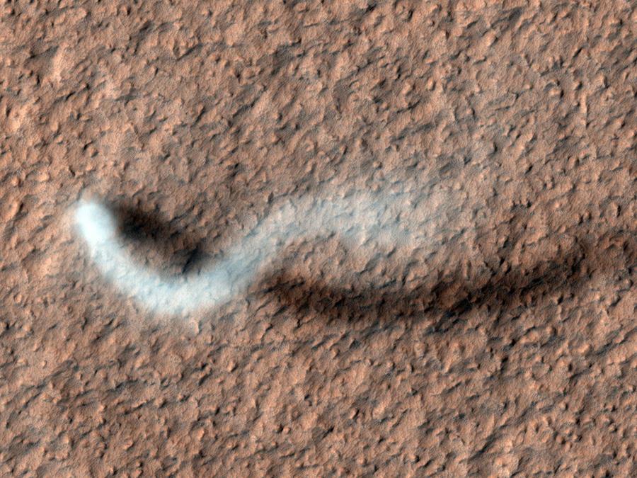Смерч на Марсе