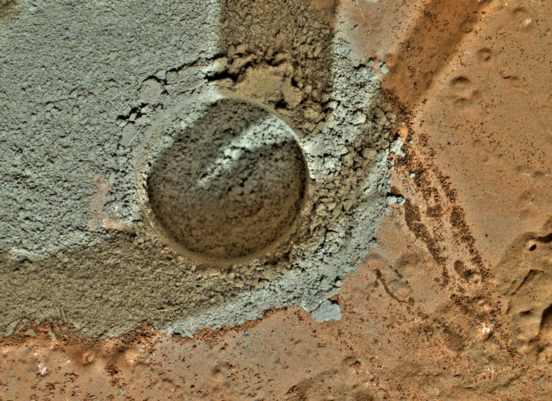 Curiosity first drilling (4)