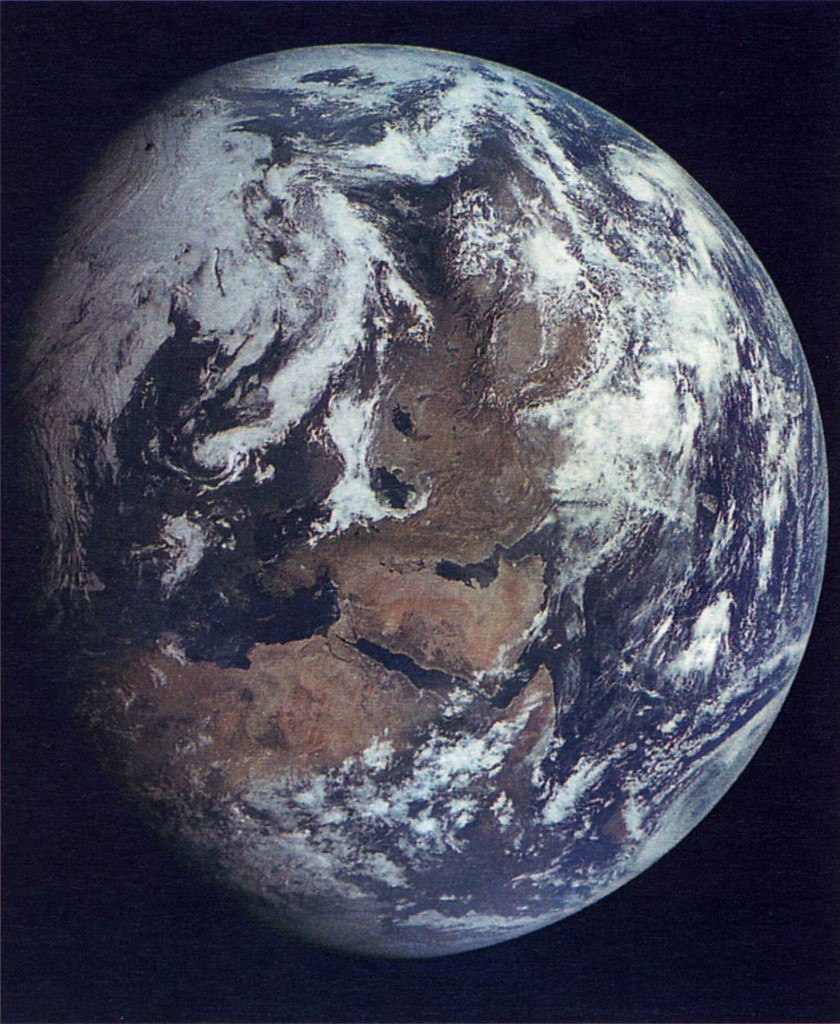 Earth_from_asteroid (4)