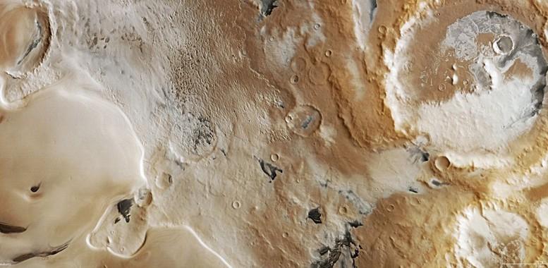 Какого цвета Марс