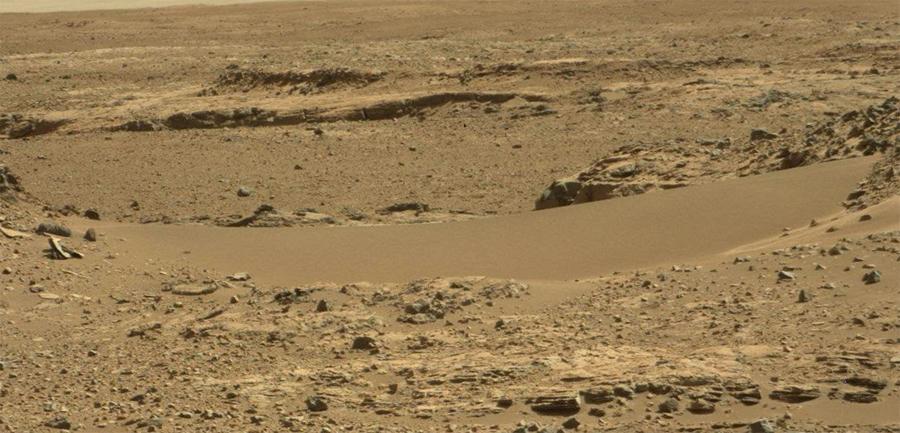 Curiosity-storms-sand-dunes4