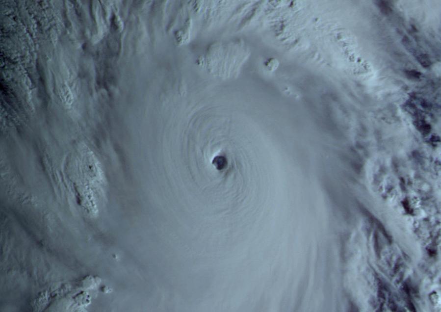Typhoon-Haiyan4