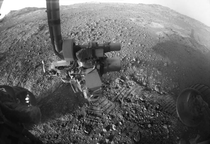 artificial-cross-on-mars (5)