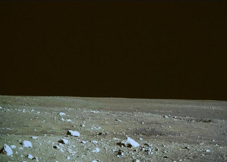 china-landed-on-moon (3)