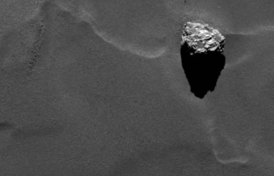 comet-is-8km-away (2)