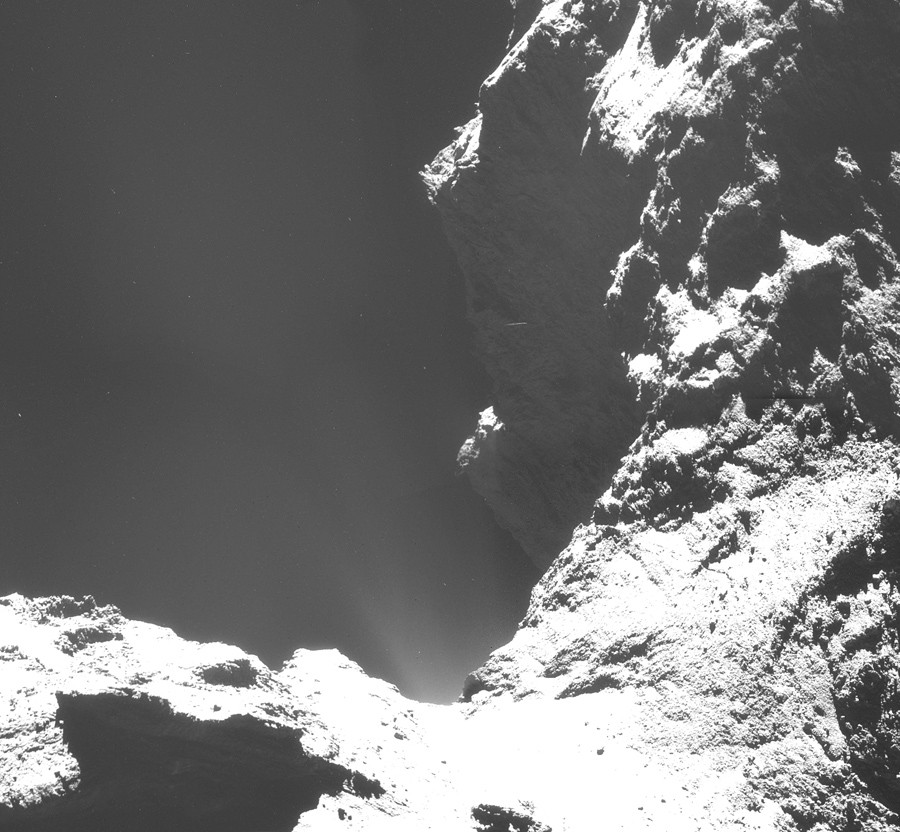 comet-is-8km-away (5)