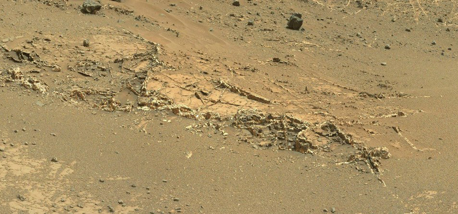 curiosity-on-mars-gypsum-and-nitrates (1)