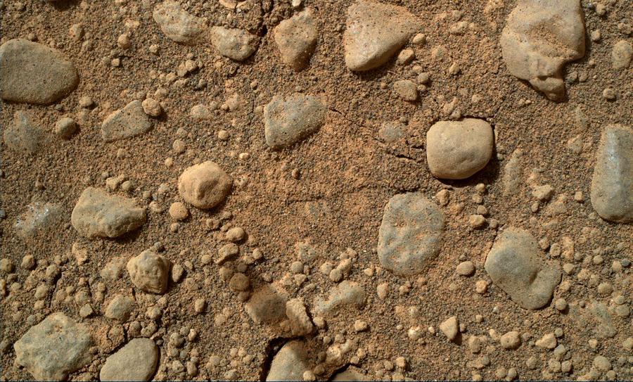 Галька на Марсе, дно ручья
