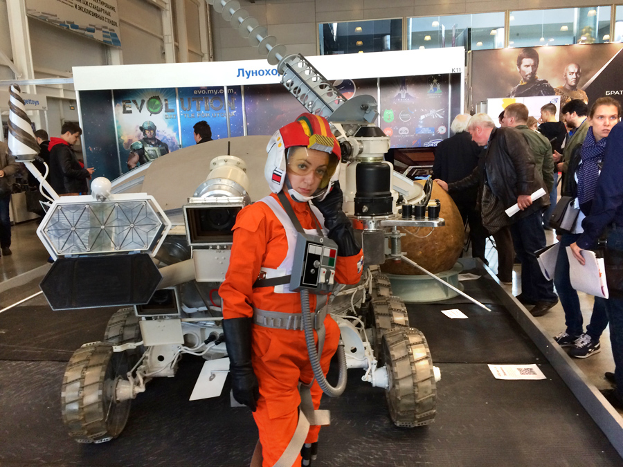 soviet-space-robots-at-igromir (12)