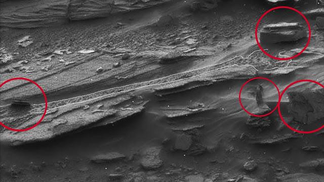 Martians (7)