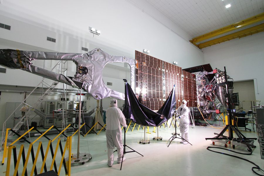 magnetometer-on-spacecraft-1
