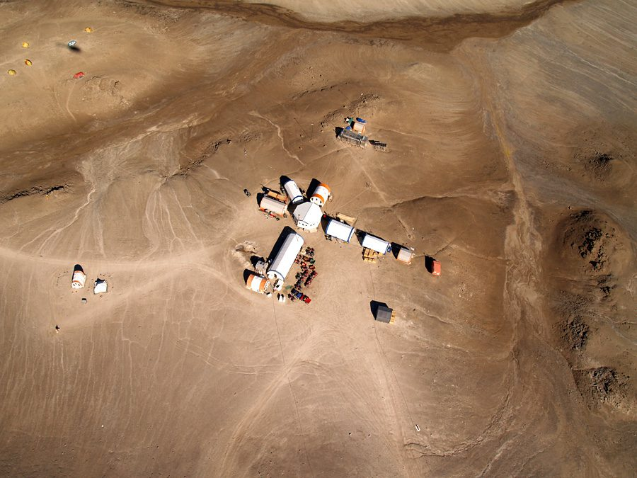 База NASA на острове Девон