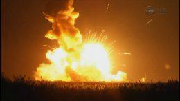 Взрыв ракеты Antares с грузовым космическим кораблем Cygnus