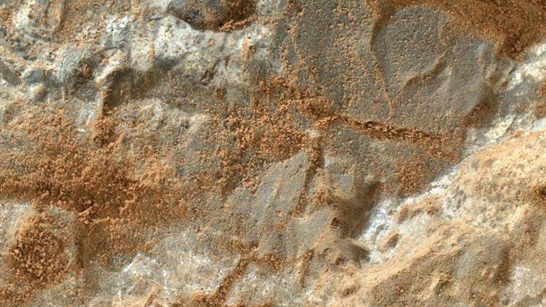 снимок поверхности Марса макрокамерой MAHLI марсохода Curiosity