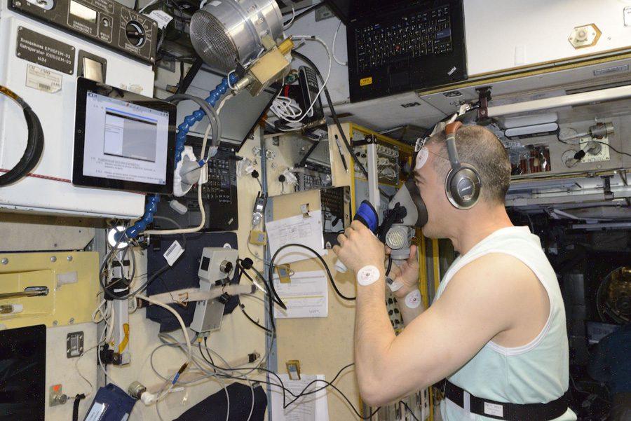 Устройство «УДОД» для дыхания под отрицательным давлением на Земле и в Космосе