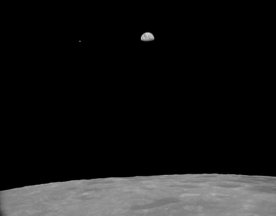 фото астронавтов Apollo 11 восхода Земли с орбиты Луны