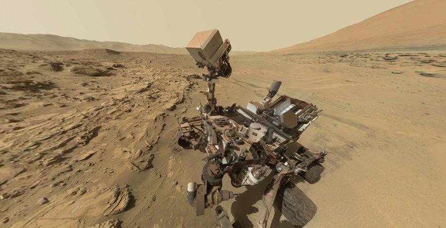 марсоход Curiosity изучает холмы-останцы