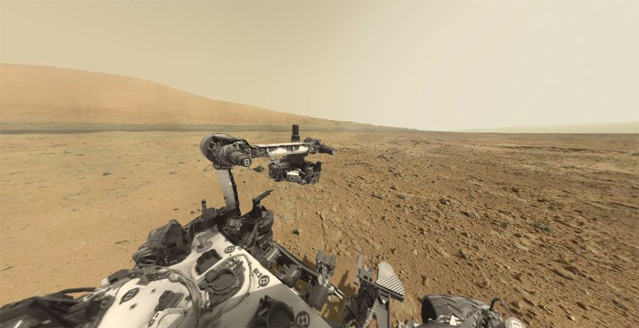 переход марсохода Curiosity переход по равнине у подножия горы Шарпа