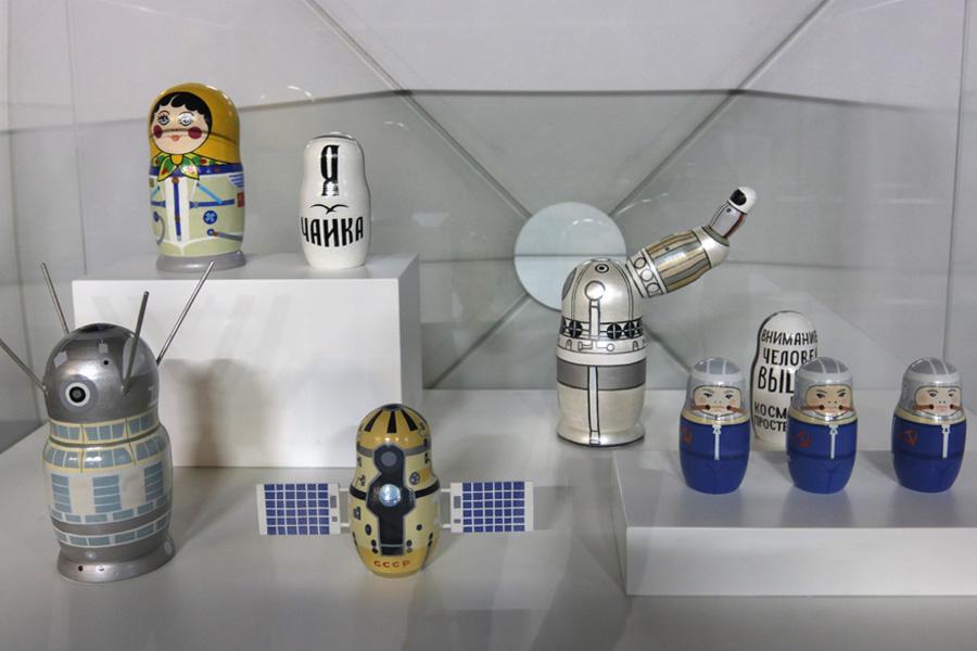 космические матрешки на выставке PROКосмос