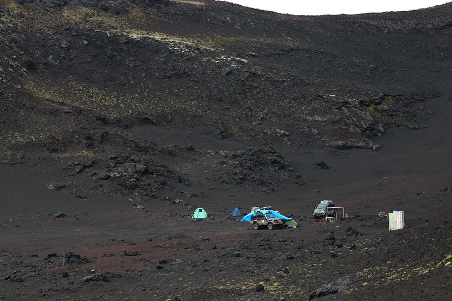 лагерь у вулкана Толбачик