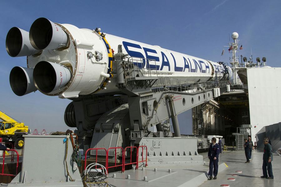 подготовка к старту ракеты Зенит