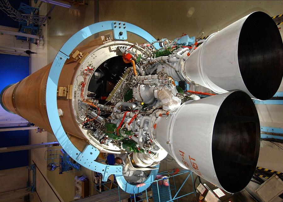Российский двигатель РД-180 установленный в хвостовой части американской ракеты Atlas V